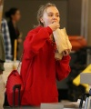 Lily-Rose-Depp-at-Los-Angeles-International-Airport--15-662x993~0.jpg