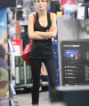 Lily-Rose-Depp_-Shopping-at-Best-Buy--01-662x993.jpg